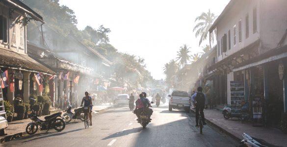 Op de scooter door Laos