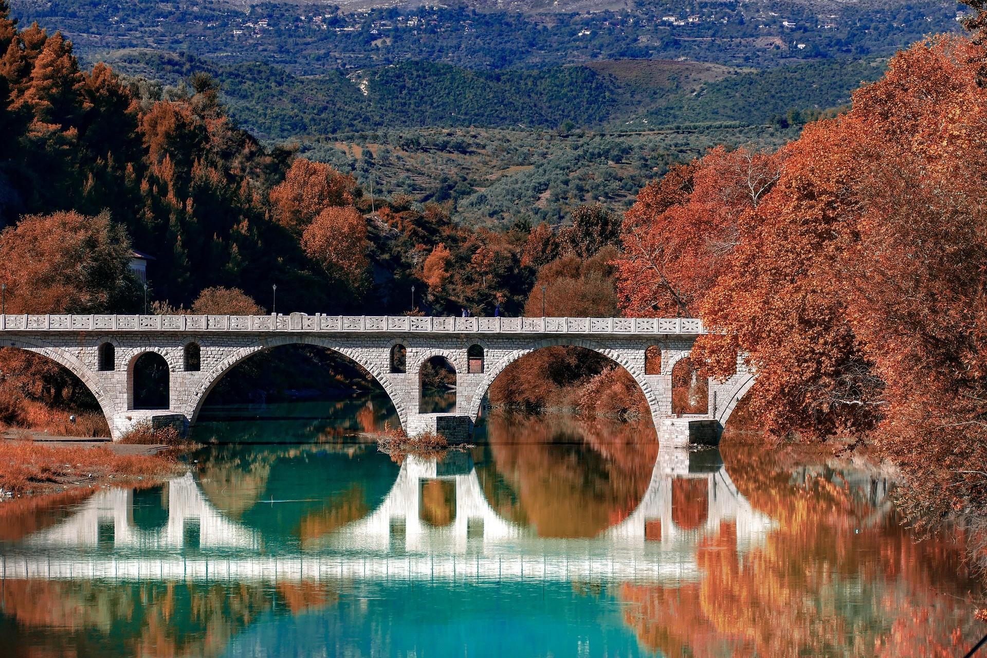 Romeinse brug bij Berat, Albanië