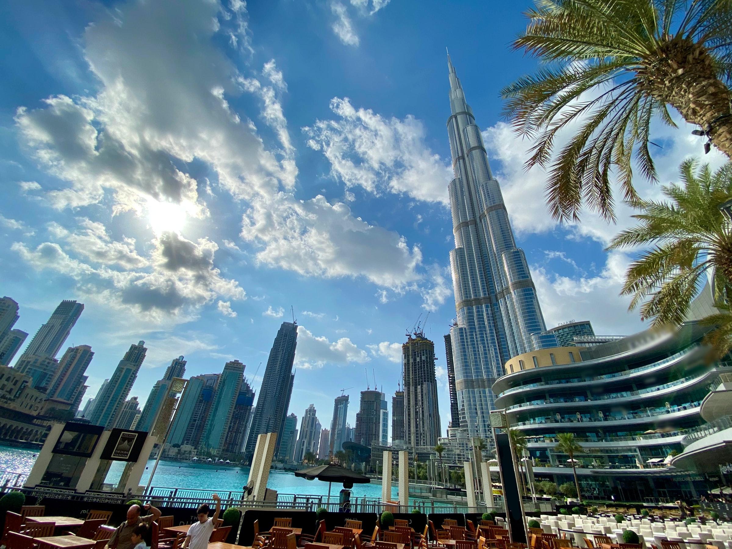 De Burj Khalifa kun je het beste gratis van een afstandje bekijken