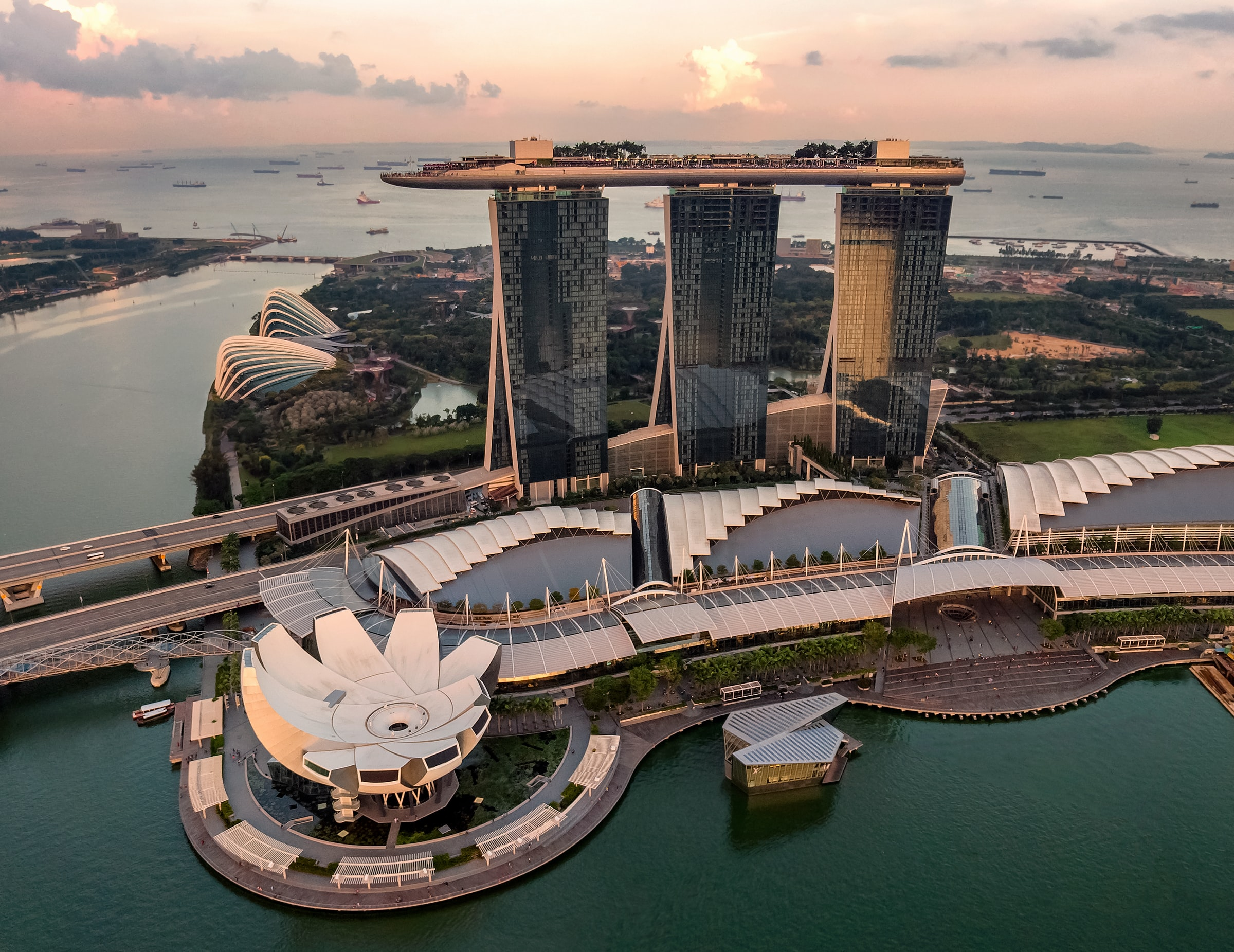 Marina Bay Sands - Must sees Singapore
