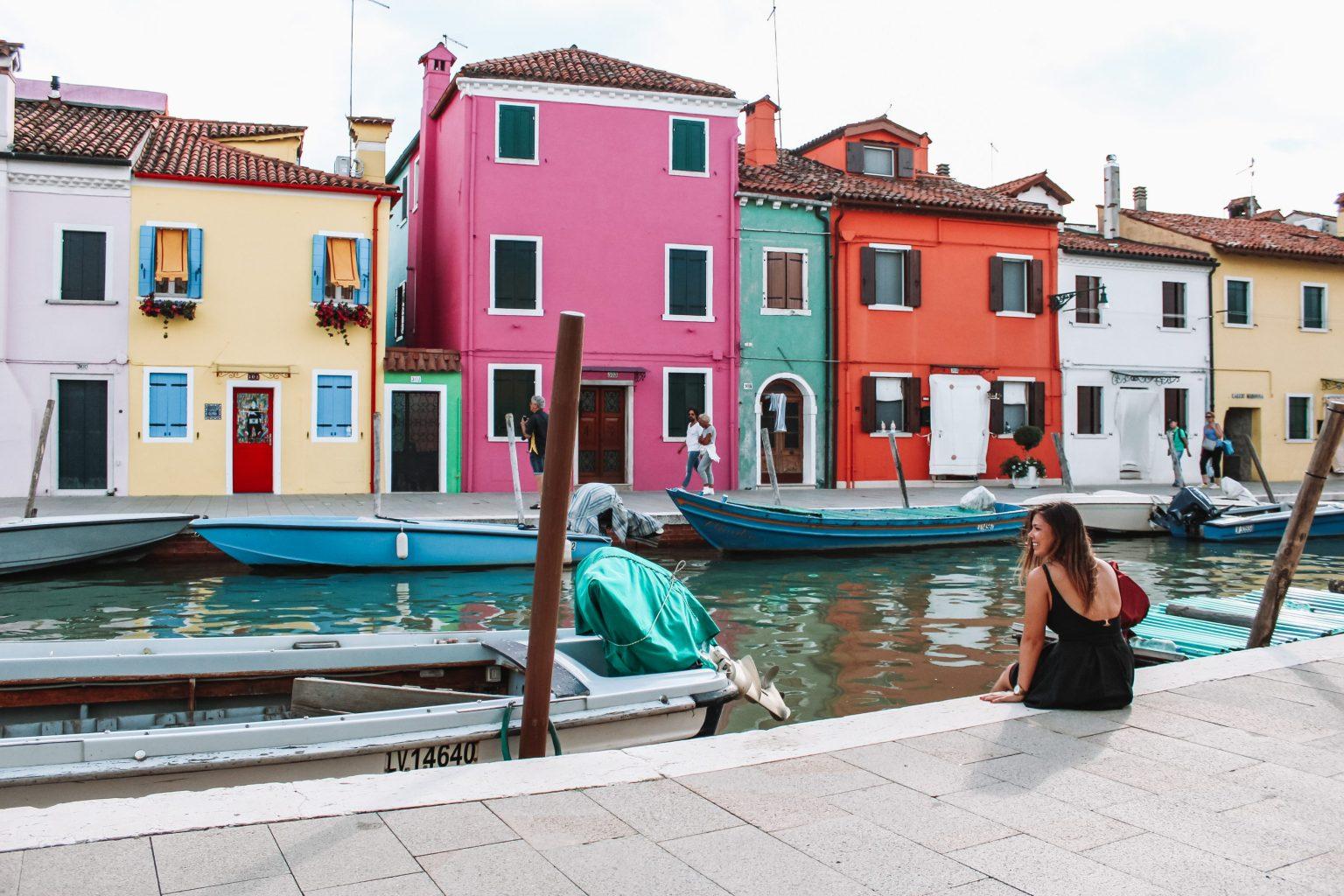 Main street Burano - Must sees Venetië