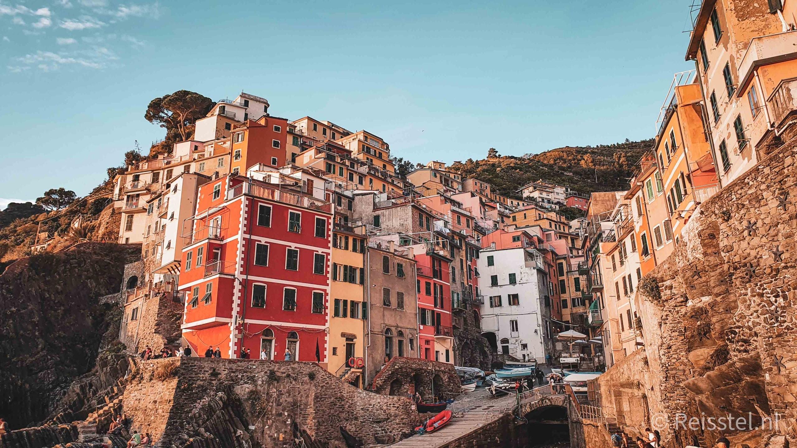 Must do in Italië: de Cinque Terre hike | 2 daagse wandeling | header