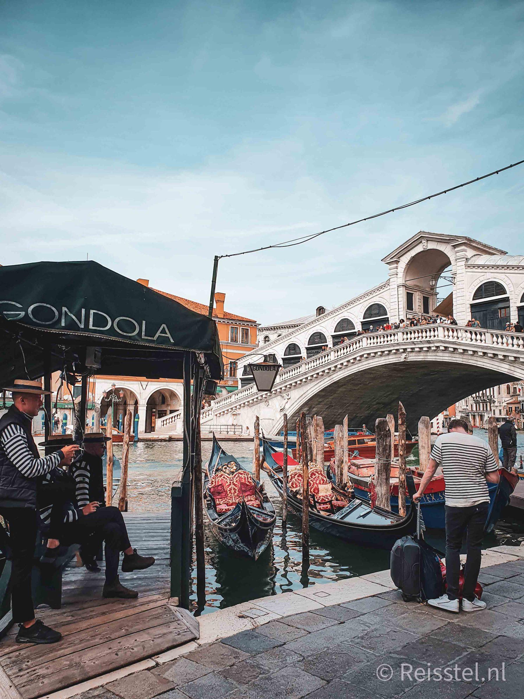 stedentrip in coronatijd: Venetië Rialtobrug