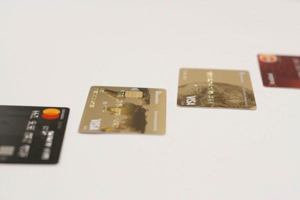 Geldzaken en creditcards voor je wereldreis
