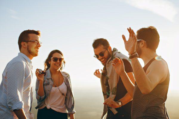 Reizen maakt je socialer