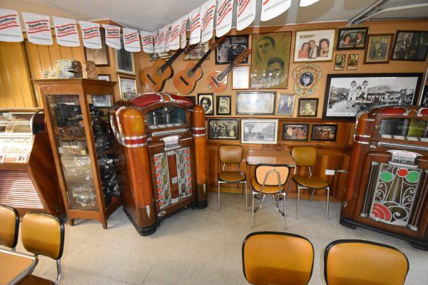 Salon Malaga, Medellin