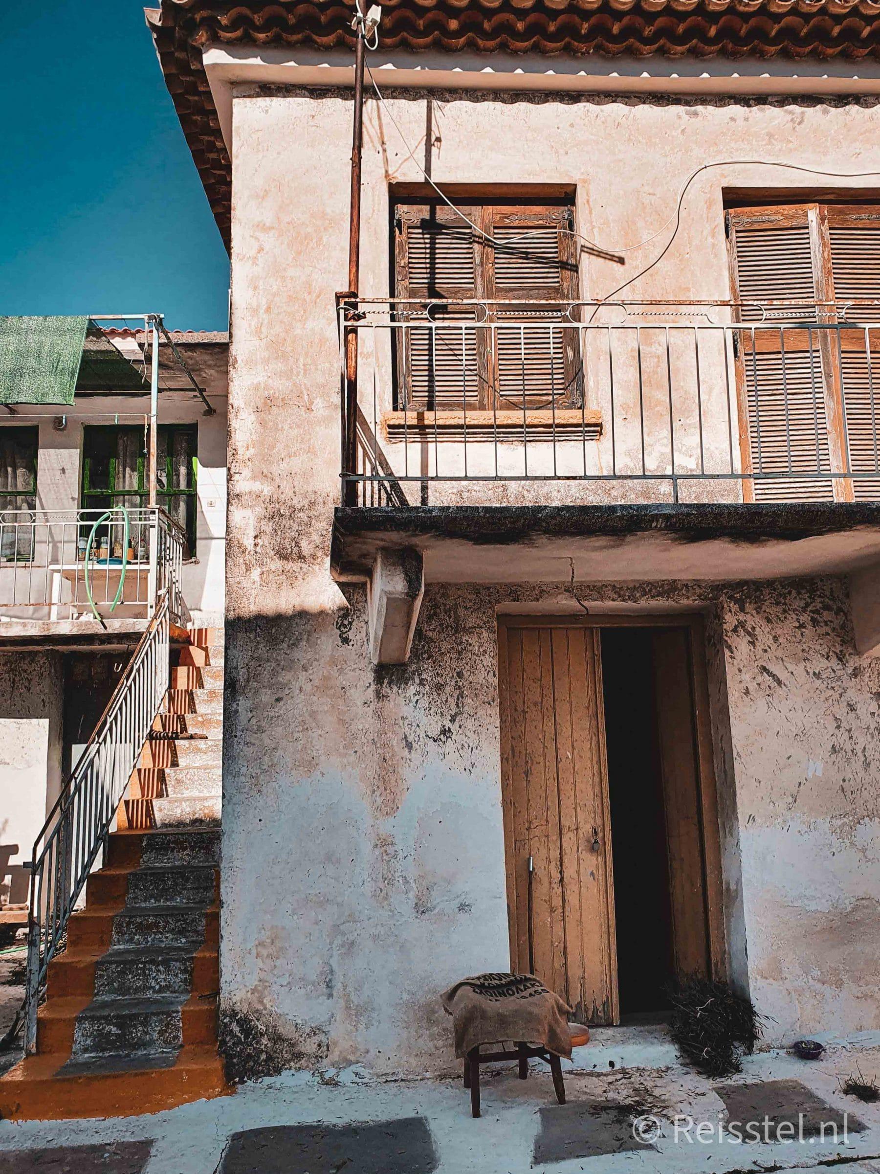 Reisstel.nl | dagelijks leven tijdens de lockdown in Griekenland | Grieks dorpje verlaten