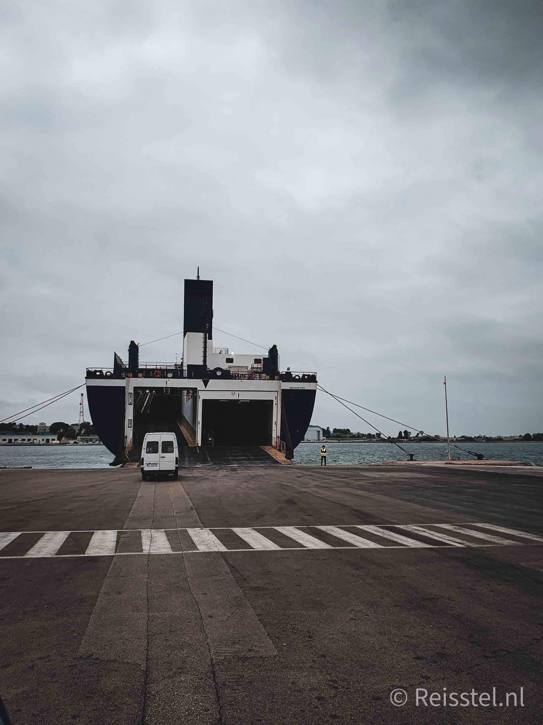 Reisstel.nl | Reizen in coronatijd | boot naar Griekenland
