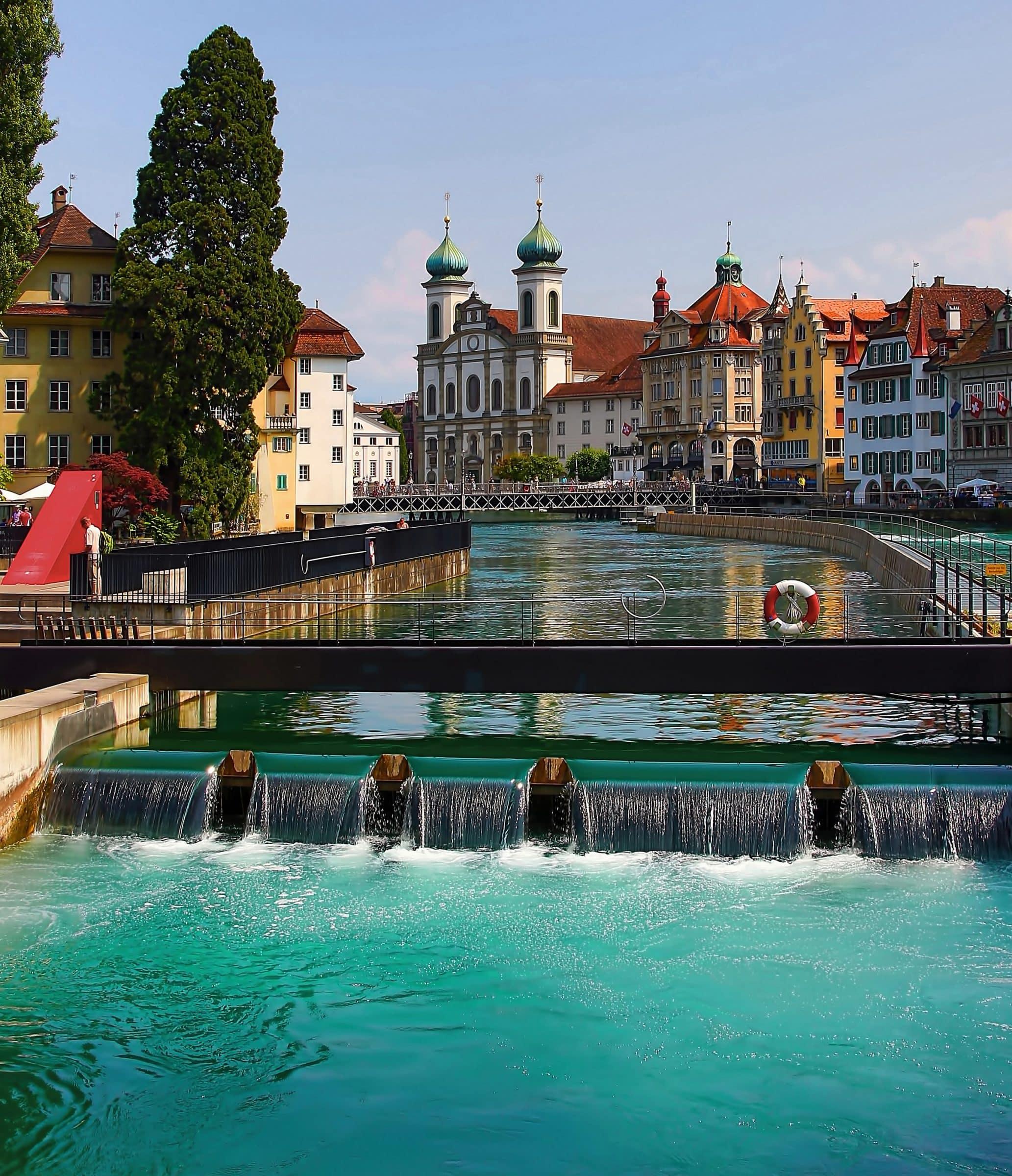 Luzern , Zwitserland. Een ongekend mooie stad in Europa.