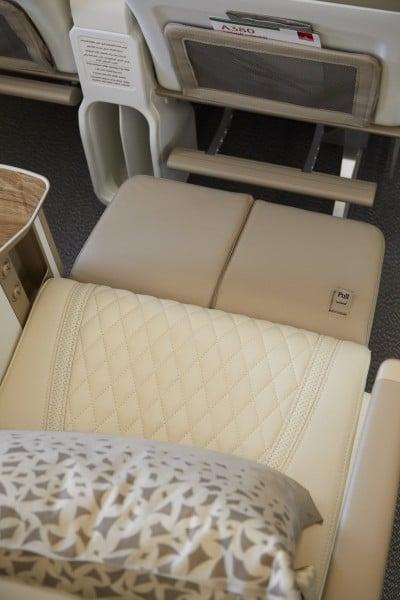 Emirates Airbus A380 premium economy -  extra beenruimte