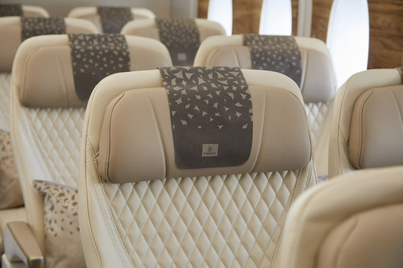 Emirates Airbus A380 premium economy stoel close up