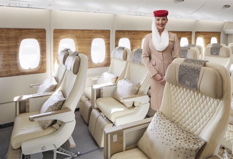 Emirates-Airbus-A380-premium-economy-stoel