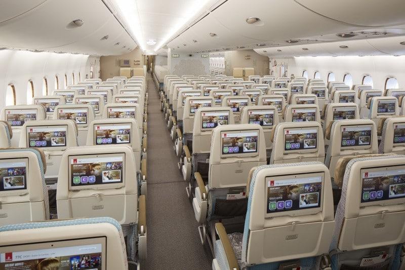 Nieuwe stoelen economy class - achteraanzicht