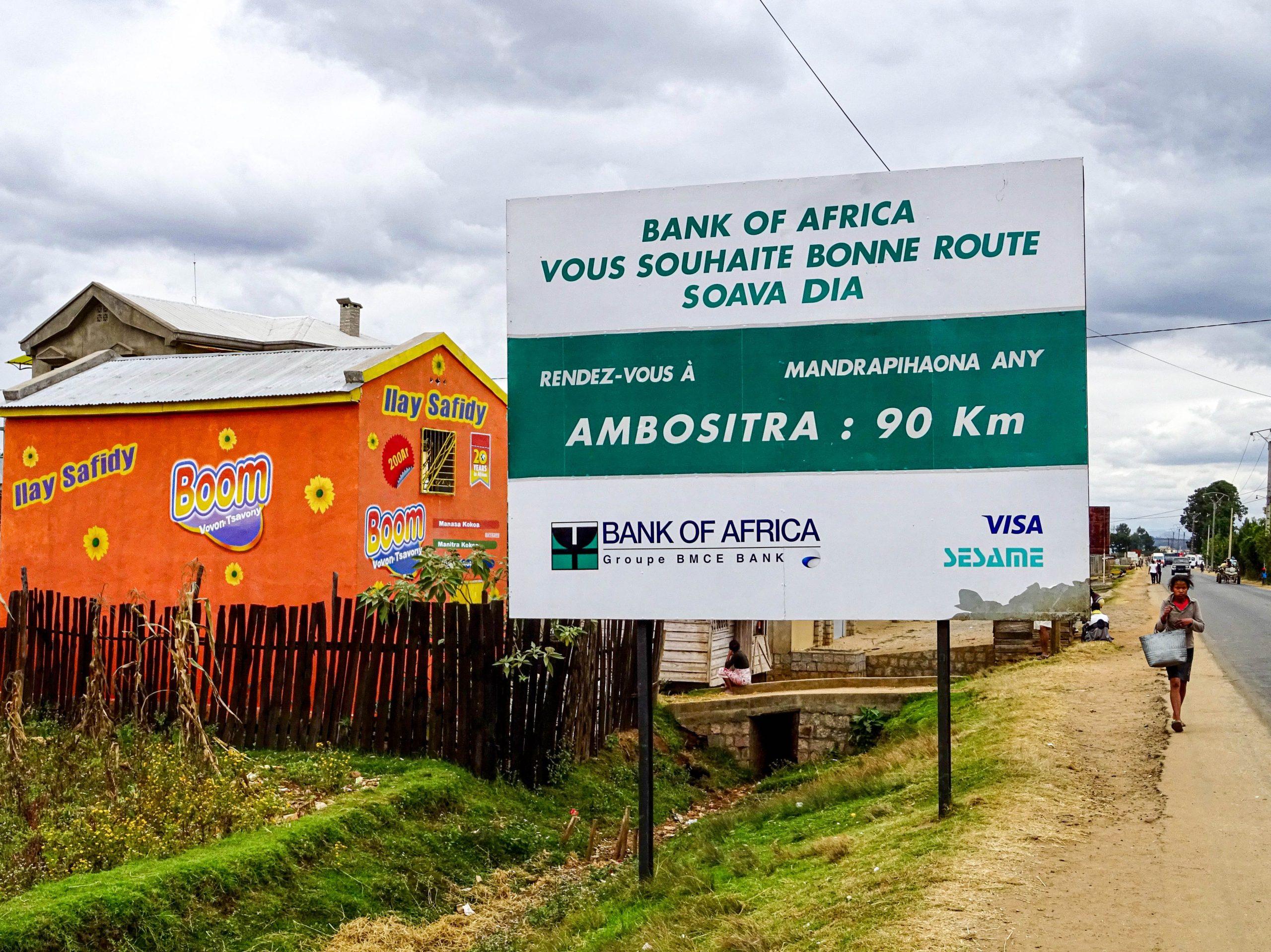 Goede reis gewenst door Bank of Africa naar Ambositra