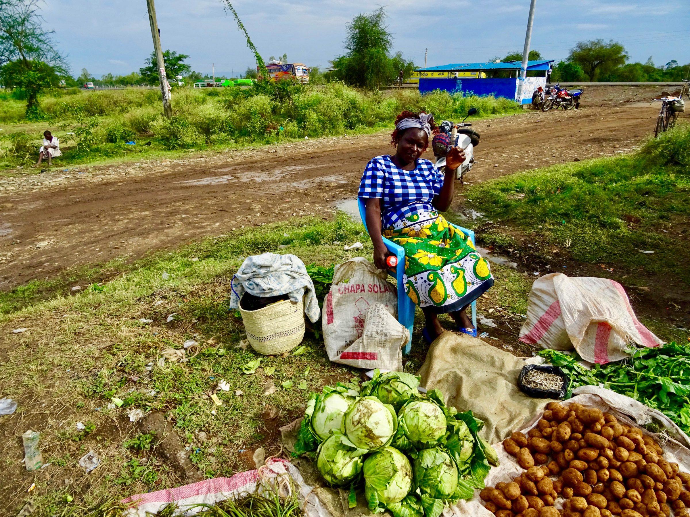 Aardappelen en kool verkoop nabij Kisumu