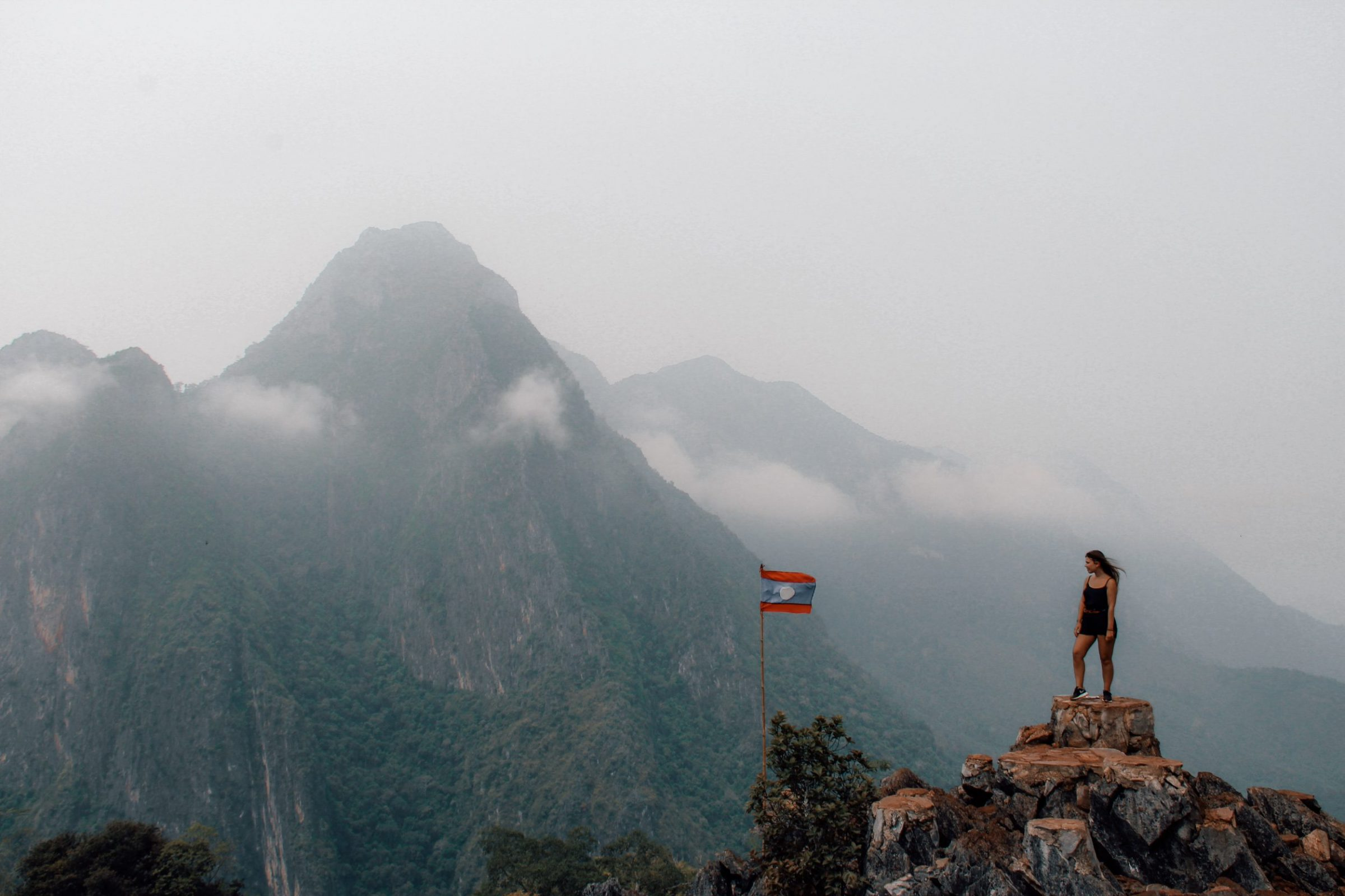 Het viewpoint in Nong Kiau, reisroute Laos