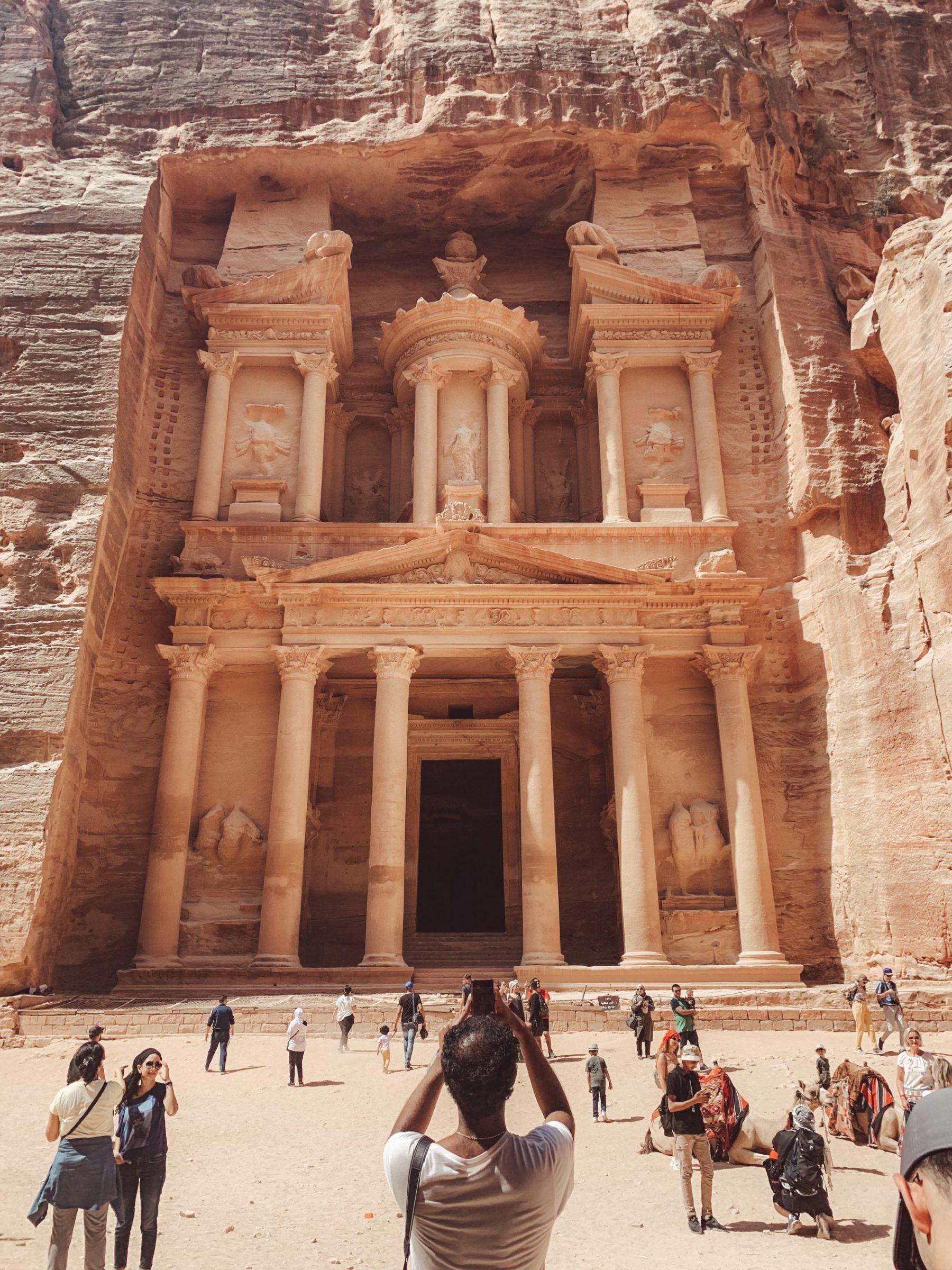 The Treasury, Petra, Jordanië om 11:00u