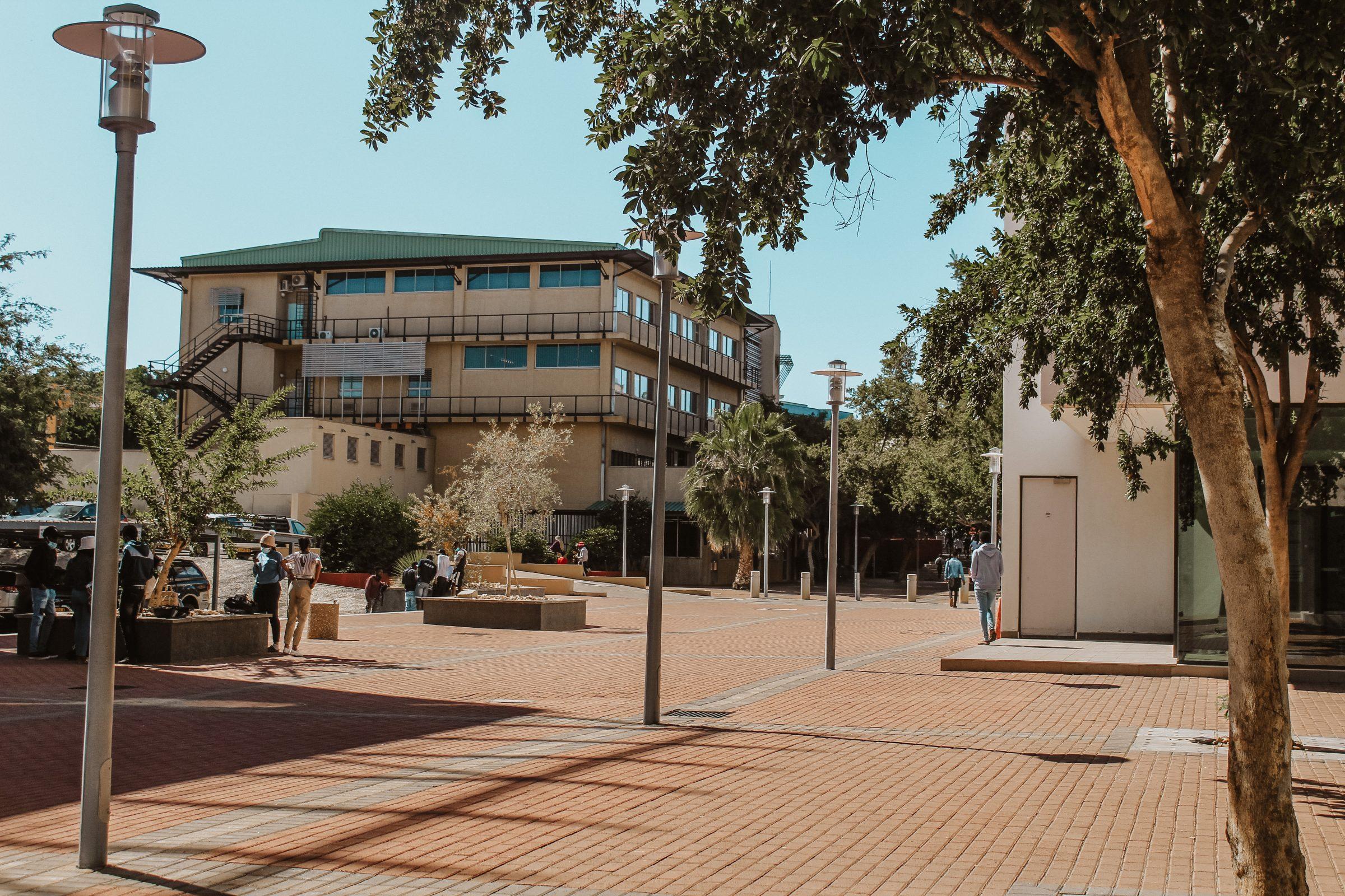 Studeren in Namibië: De nieuw gebouwde campus van NUST