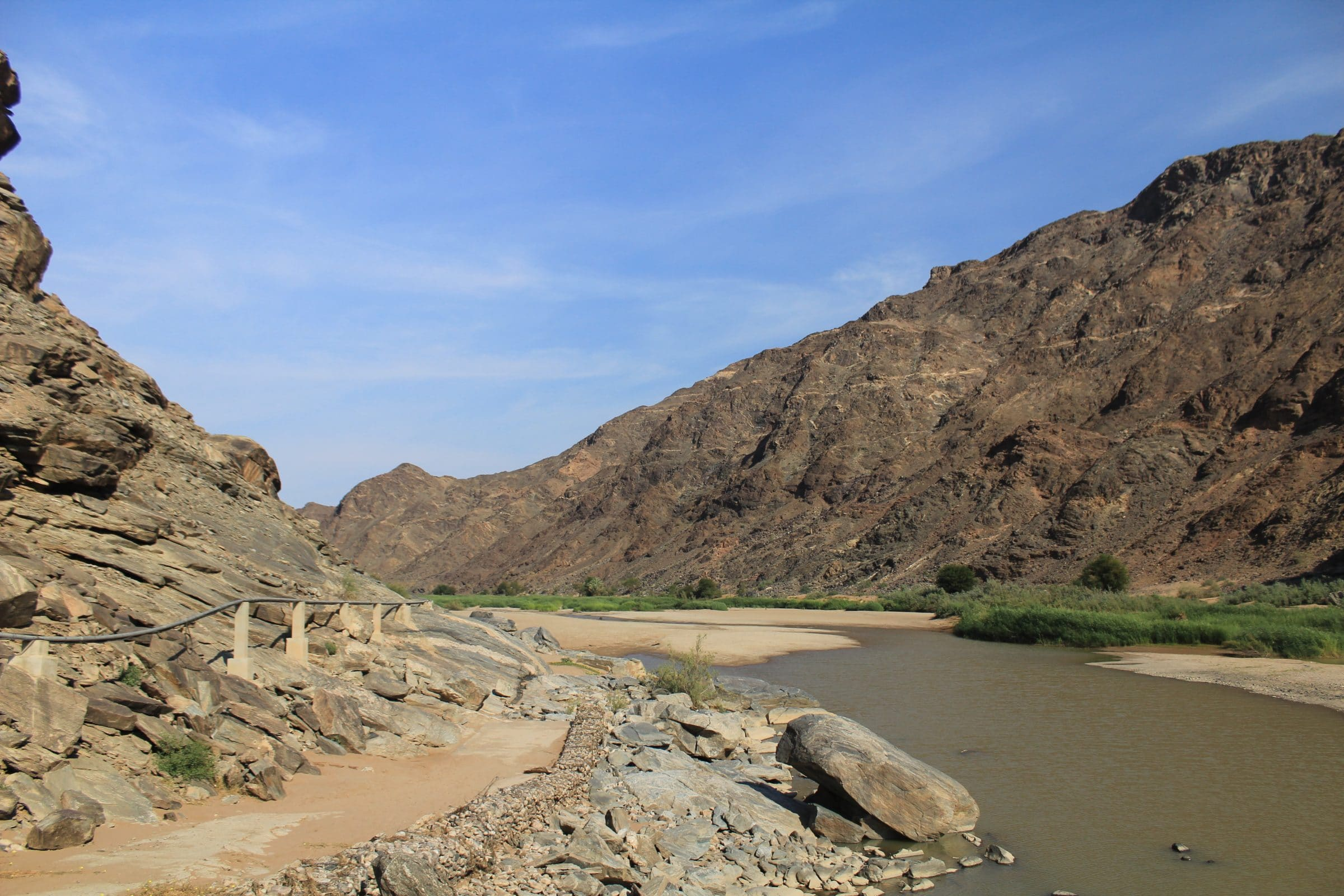 Vanuit Ai-Ais kun je een korte wandeling in de canyon maken