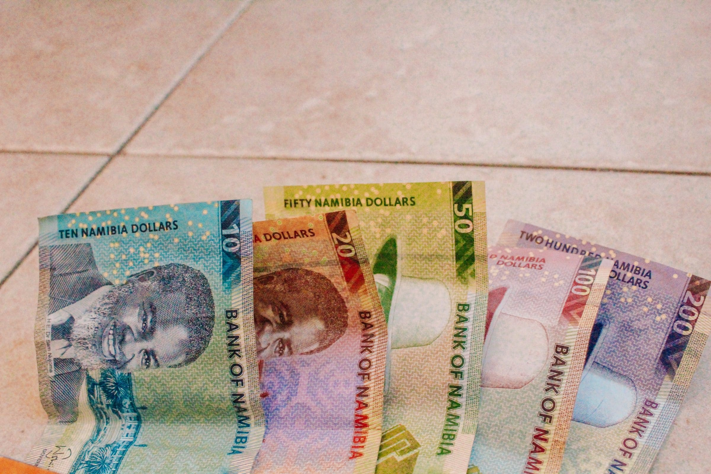 Nambische Dollars