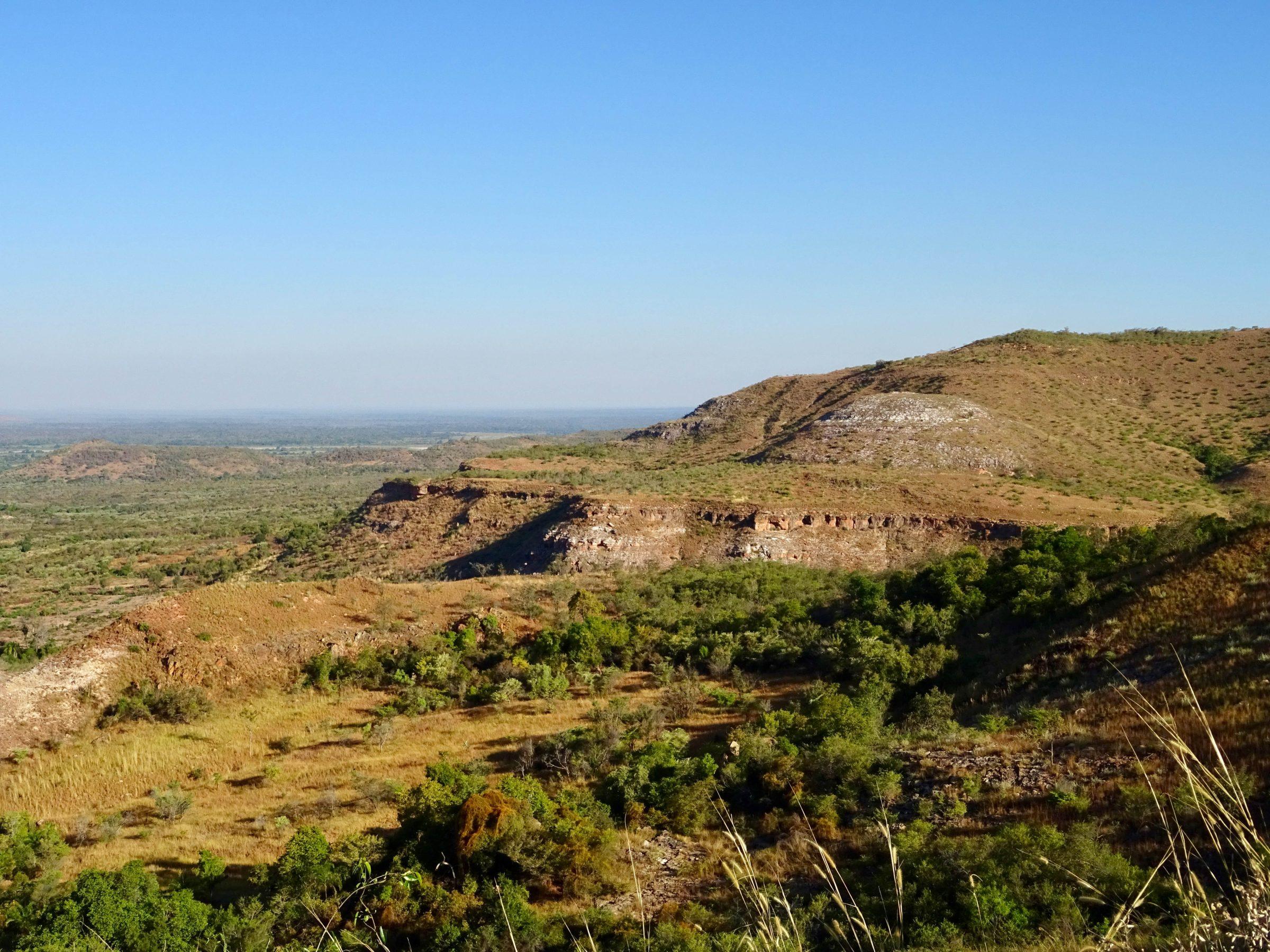 Landschap langs de RN35 richting Ankilizato