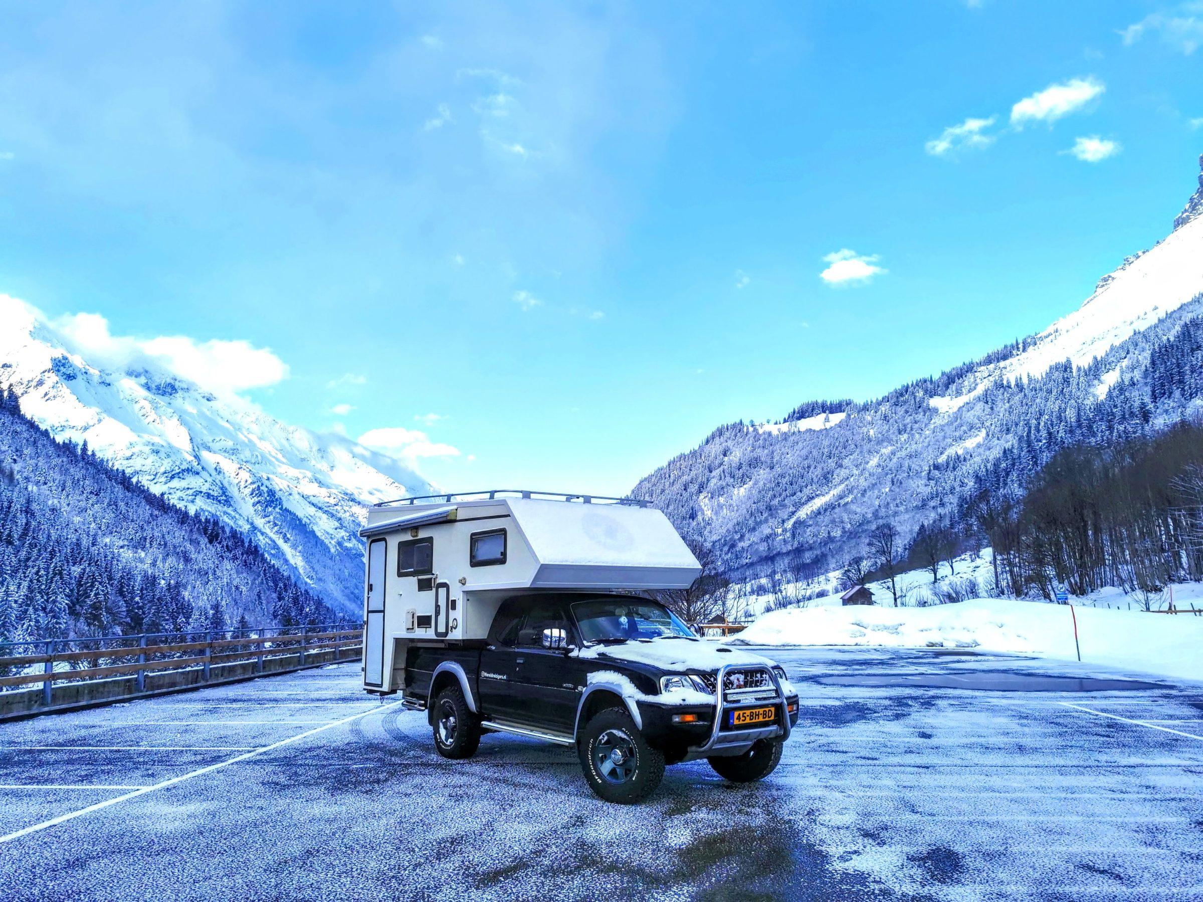 De Wereldreizigers.nl offroad 4x4 camper in Zwitserland | April 2021