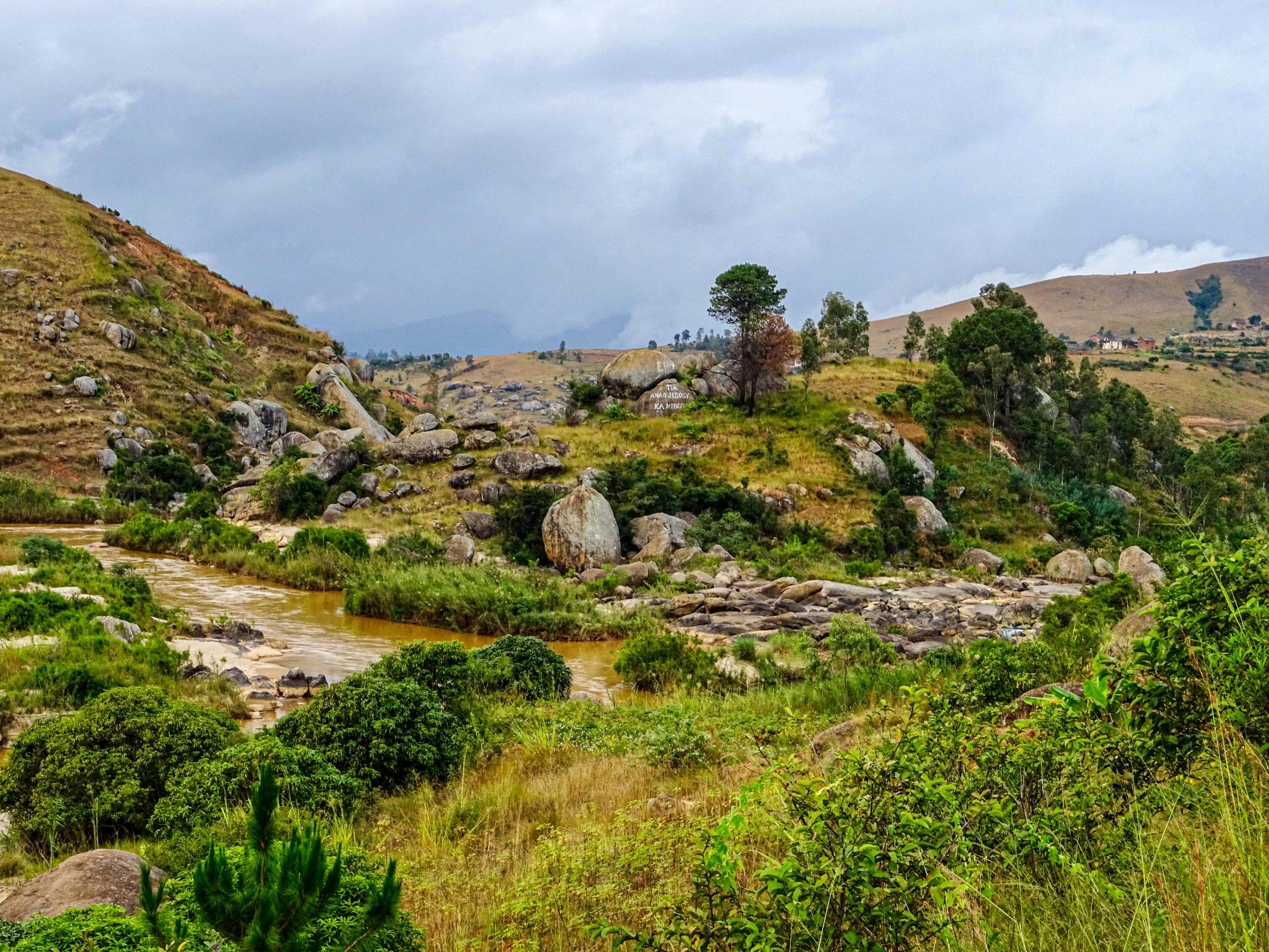 Een Bob Ross tafereel in Madagaskar