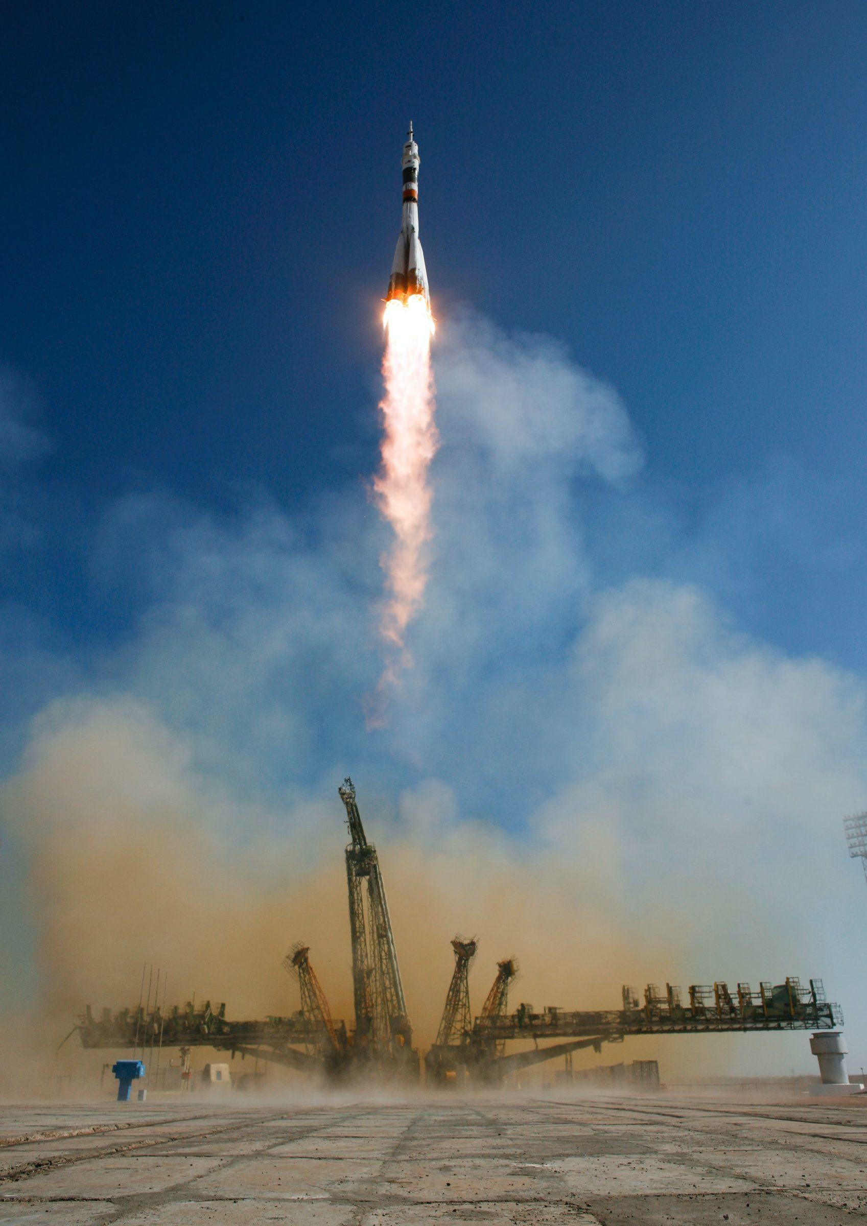 Soyuz TMA-16 lanceert vanaf Baikonur