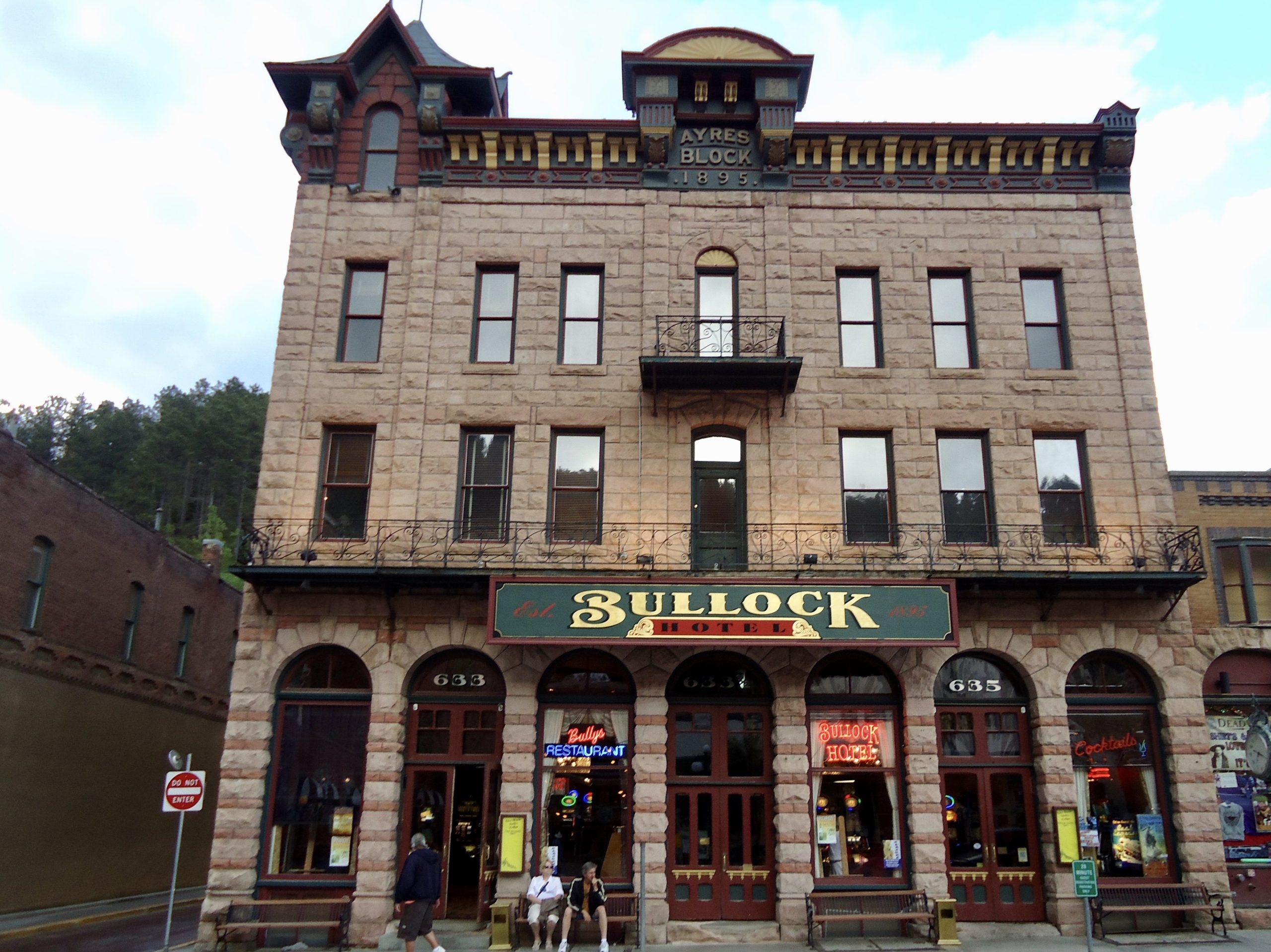 Het originele hotel van sheriff Seth Bullock geopend in 1895