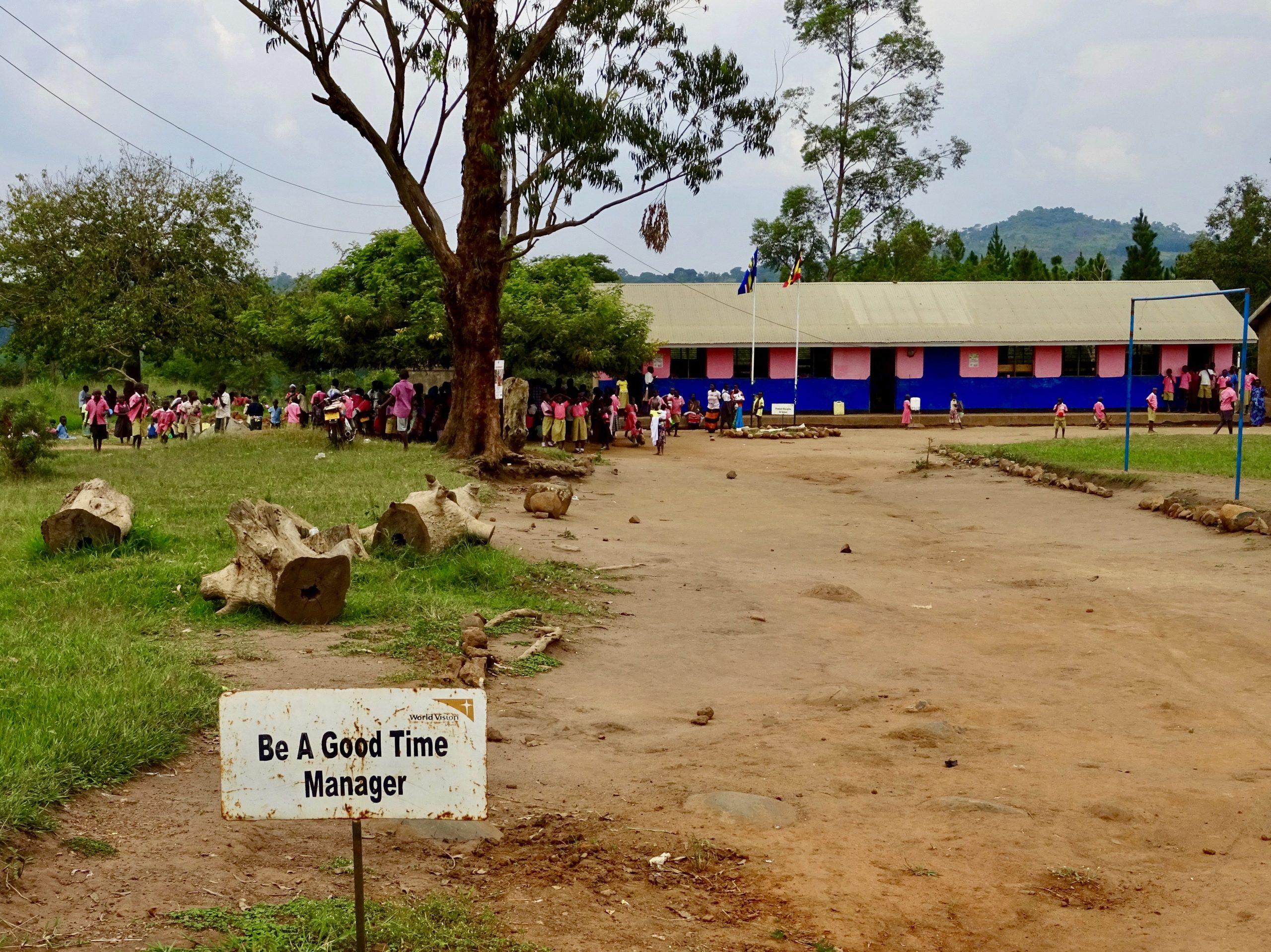Time managers gezocht bij school nabij Kitoma, Hoima