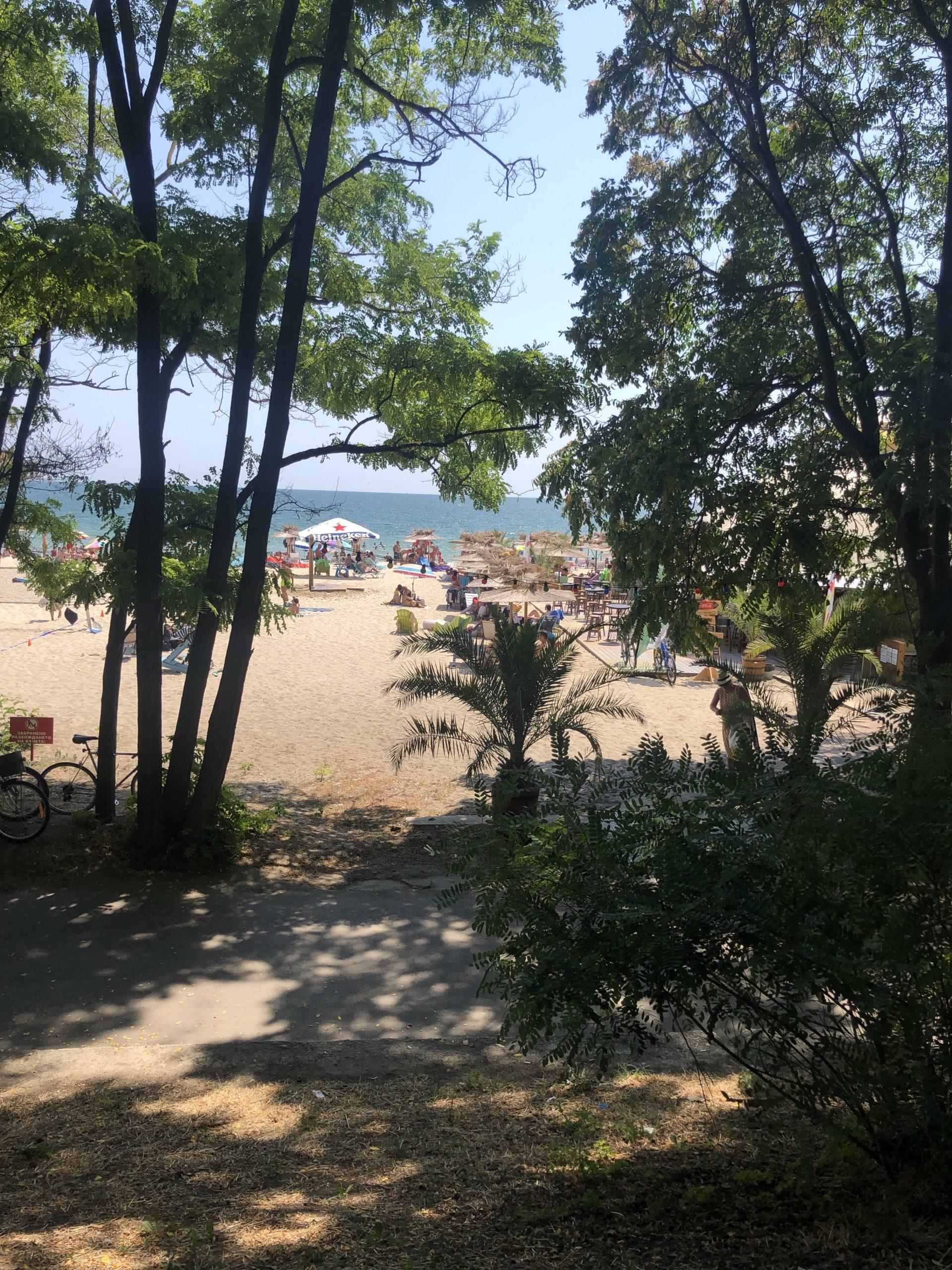 Varna: vanuit de stad loop je zo het strand op