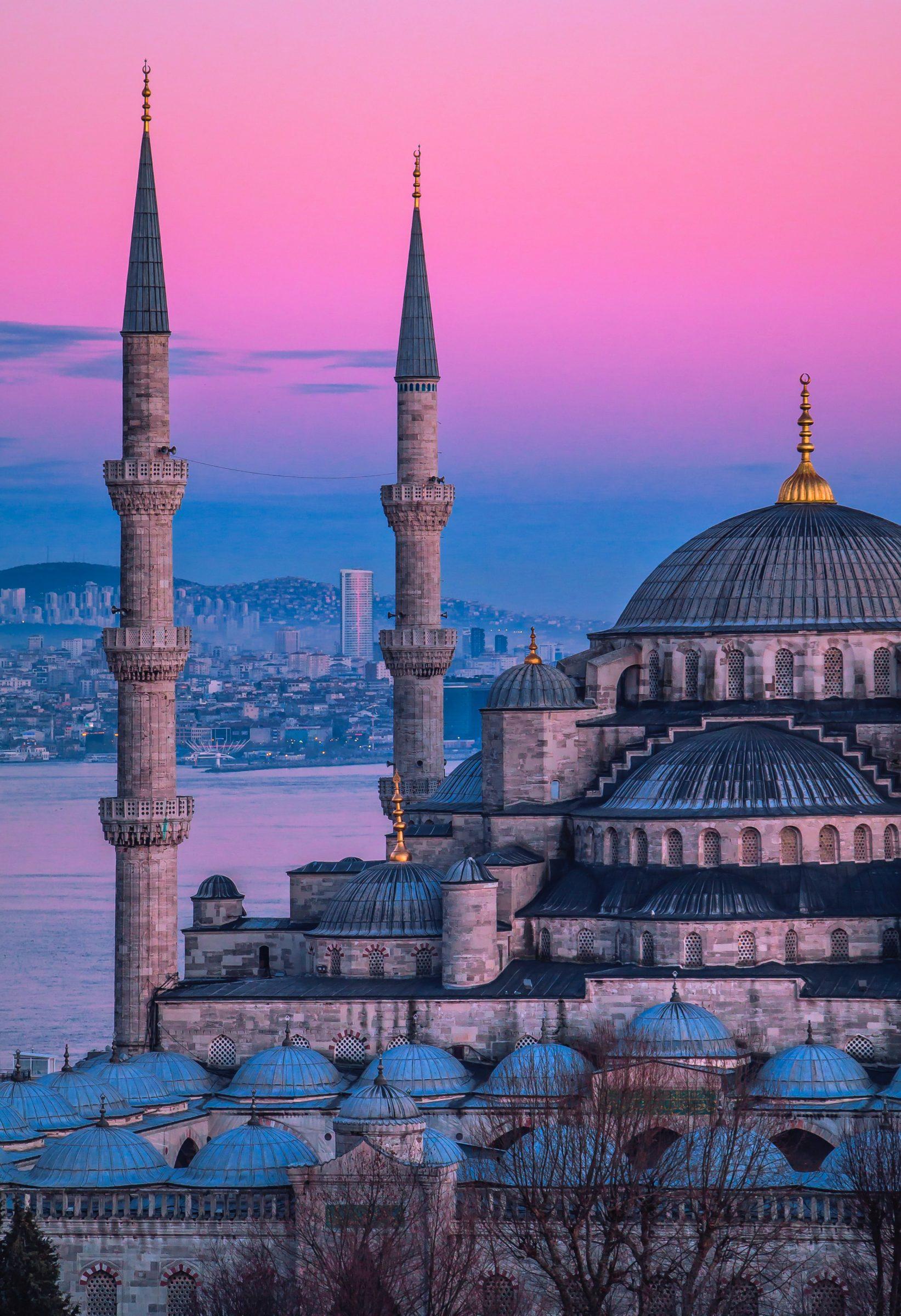 Istanbul in Turkije is een stuk groter dan hoofdstad Ankara