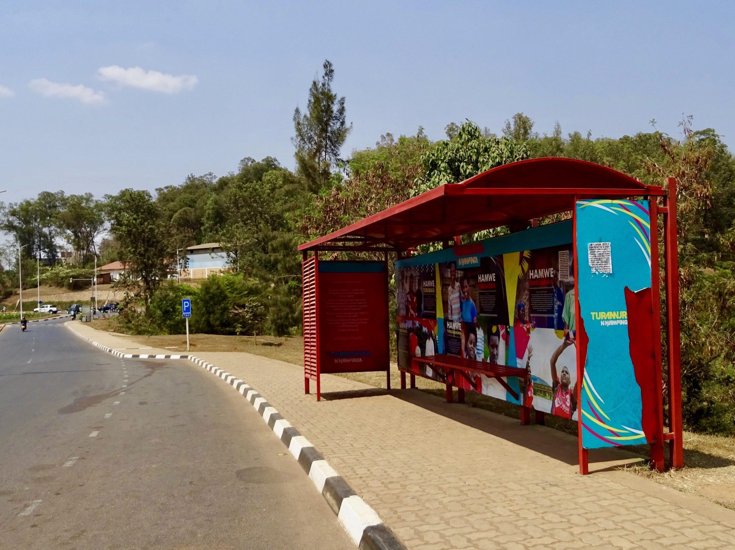 Bushokje in het centrum van Kigali
