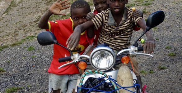 Scooterfans in Narok