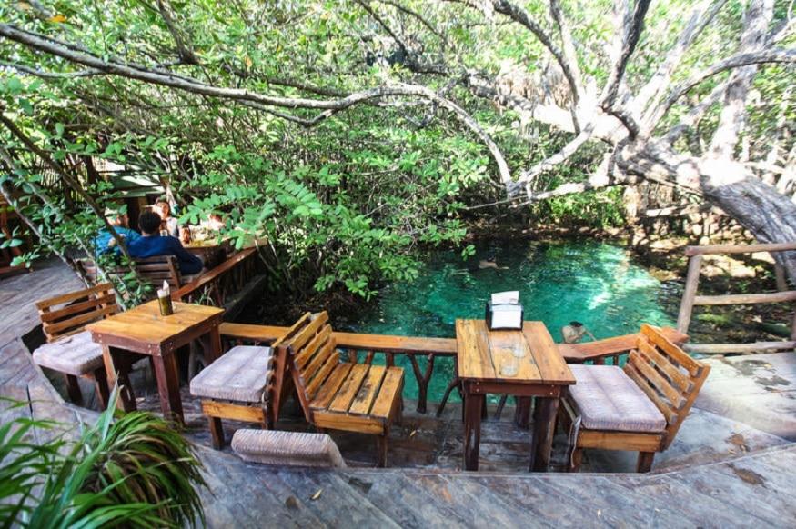 Bambu Gran Palas Cenote in Mexico
